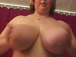 hardcore,fingering,titjob,pussyfucking,housewife