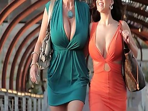 tits,boobs,milfs,natural tits,wife