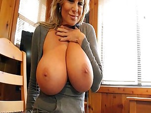 tits,boobs,milfs,natural tits,mature
