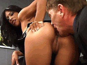 latina,pussylicking,asslicking,fetish,slave